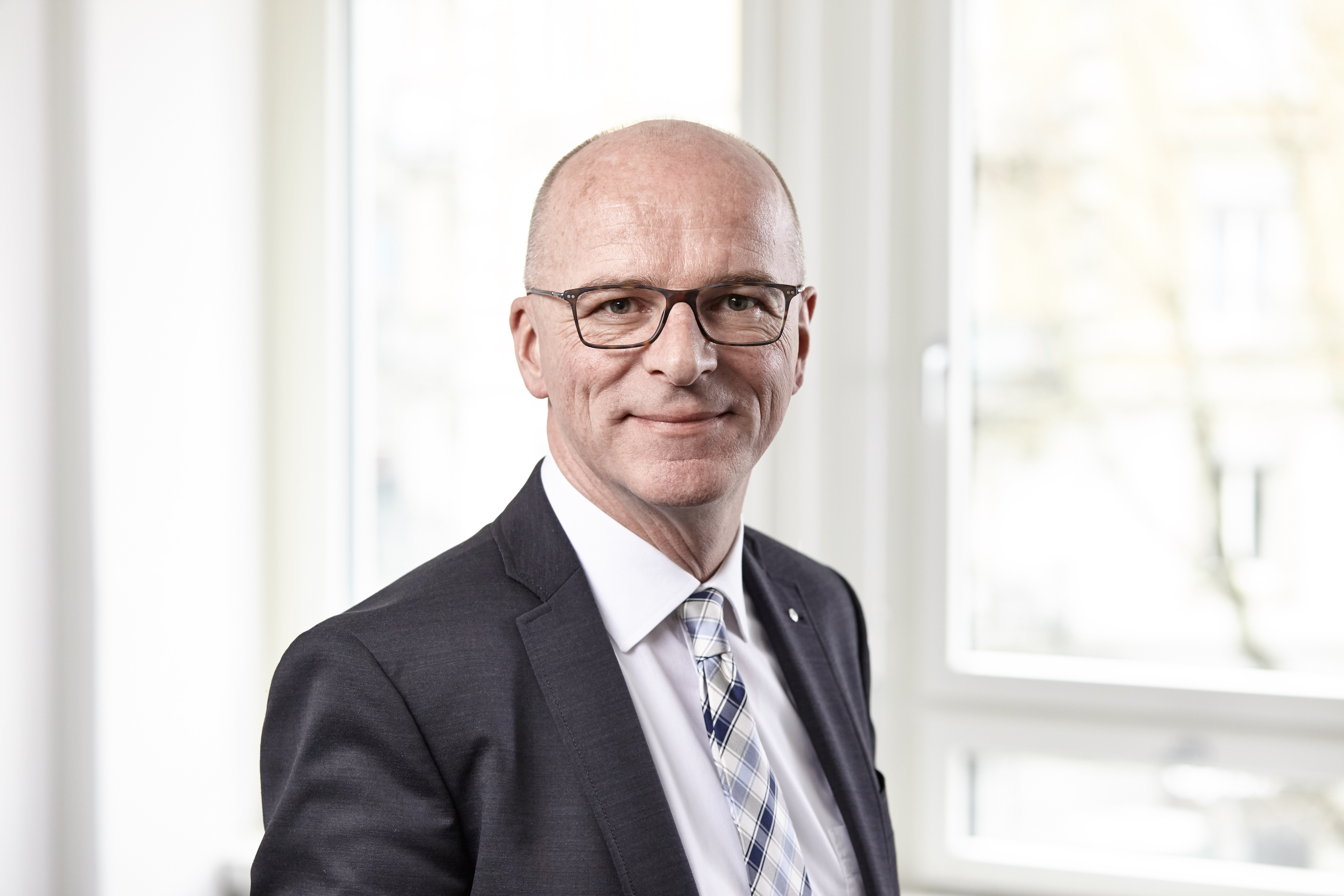 Communicators AG - Martin Arnold